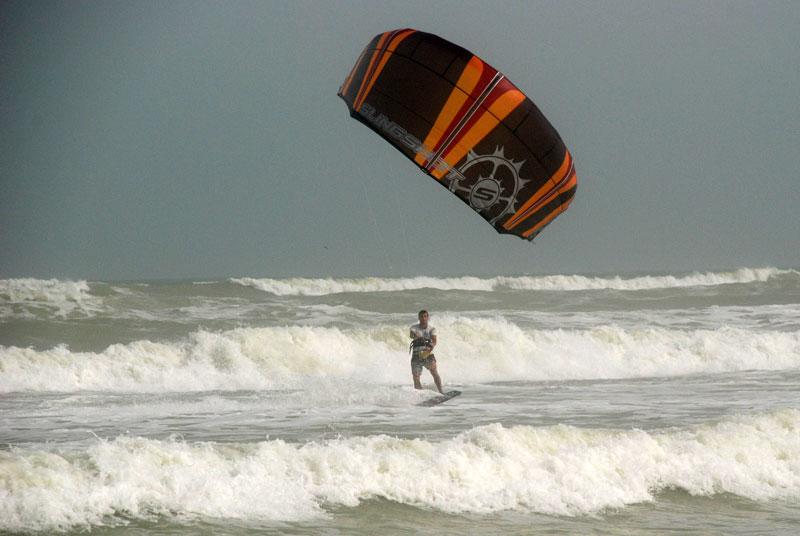 Kitesurfing in Oman – Aseelah 2007