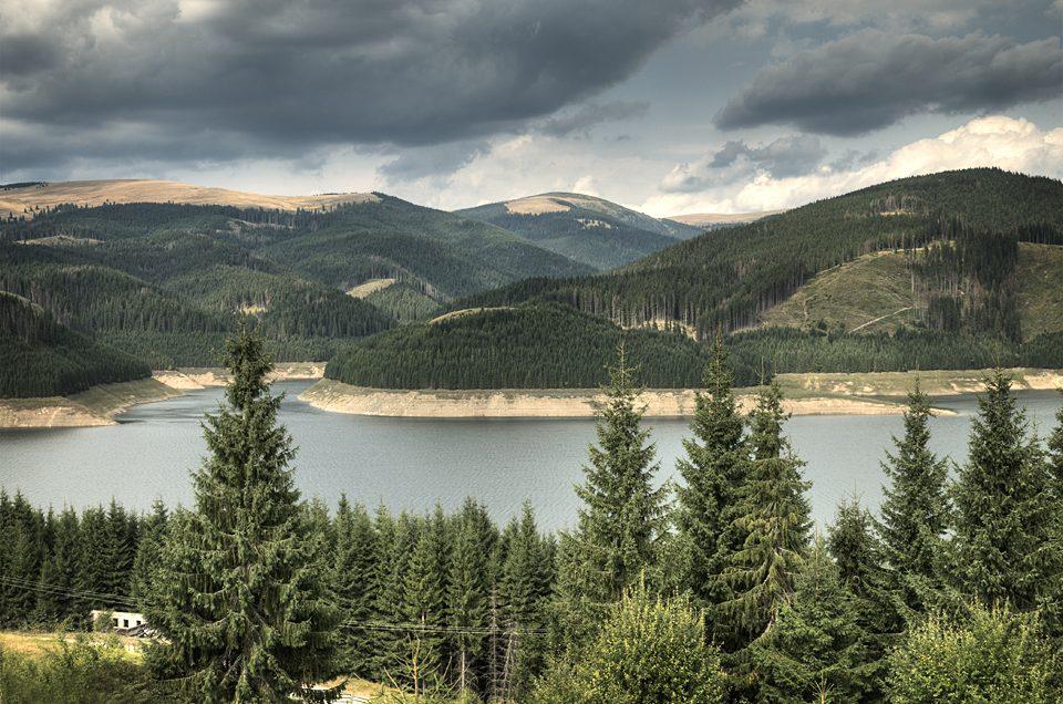 Vidra Lake