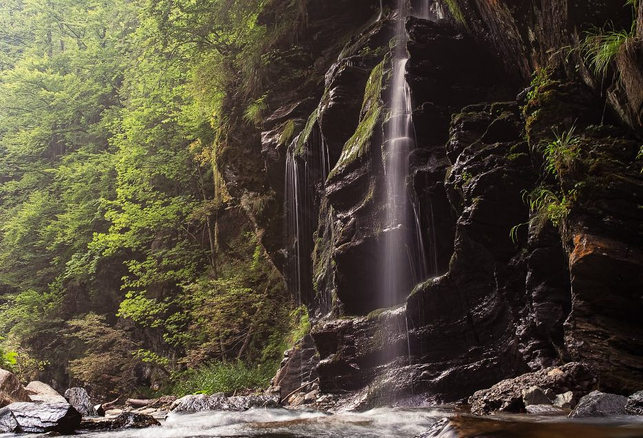 Dusul Padurarului waterfall