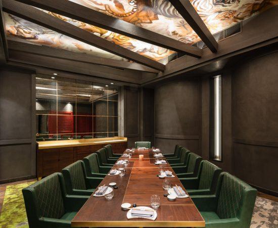 Interiors-Food and beverage-AkiraBack-WThePalmHotel-02